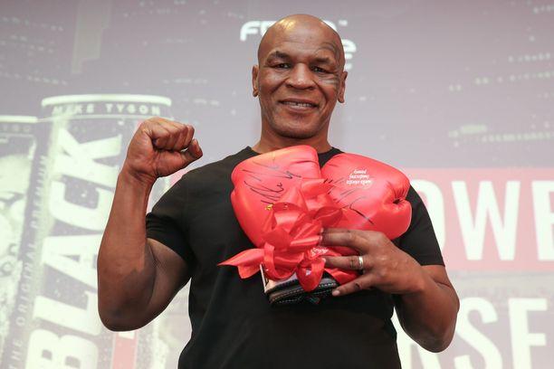 Mike Tyson haluaa palata huippukuntoon. Kuva vuodelta 2019.