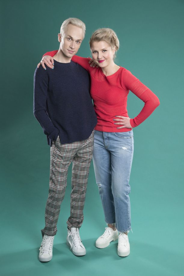Christoffer ja Helmi-Leena ovat opiskelleet samaan aikaan Teatterikorkeakoulussa. Ystävyys alkoi Putouksen myötä.