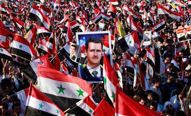 Presidentti Bashar al-Assadin kannattajat osoittivat tukensa Syyrian pääkaupungissa Damaskosissa.