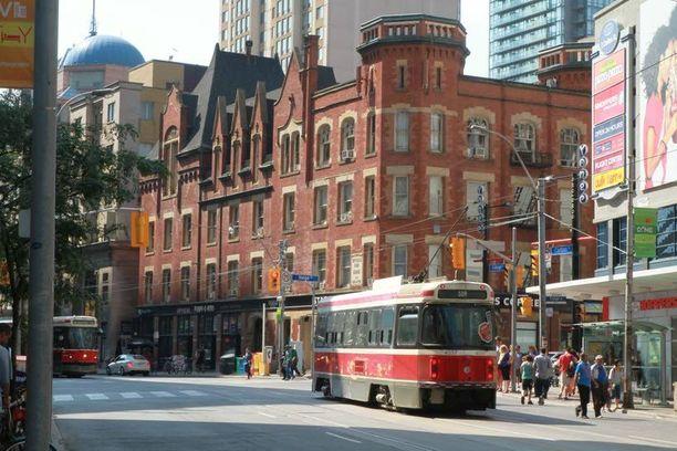 Downtown on kaupungin taloudellinen keskus.