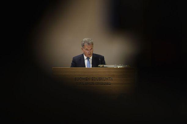 Presidentti Sauli Niinistö korosti puheessaan, että EU ei voi olla poissa niistä pöydistä, joissa järjestellään tulevaisuutta.