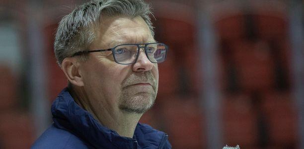 Jukka Jalonen puhui tiistaina NHL:n valmentajayhdistyksen seminaarissa.