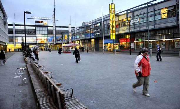 Välikohtaus sattui torstai-iltana Helsingin Itäkeskuksessa.
