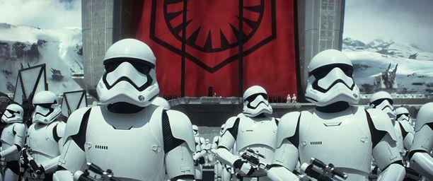 Tähtien sota -saagan seitsemäs osa tulee maailmanensi-iltaan tänään keskiviikkona.
