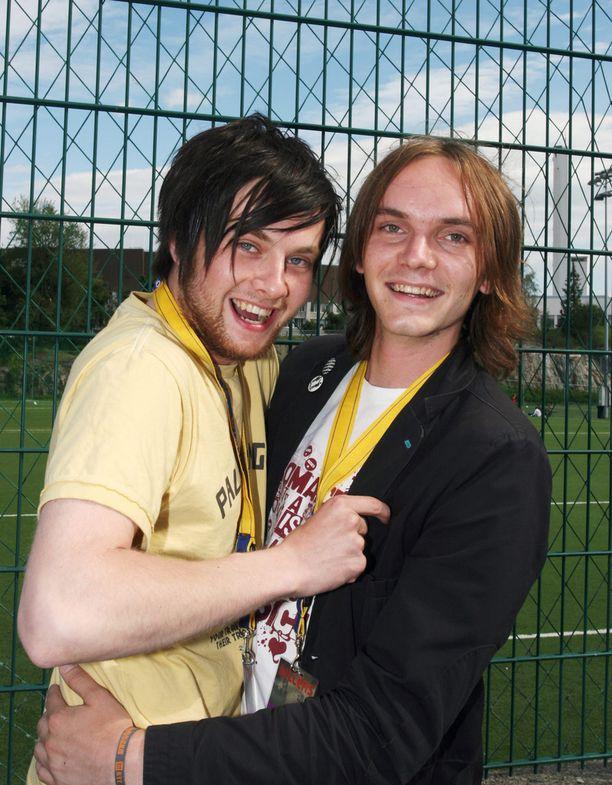 Teppo Ruohosen pojat Oskari ja Santeri vaikuttivat Traffic Island -yhtyeessä. Kuva vuodelta 2007.