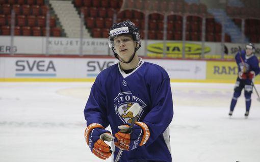 """SM-liigassa hirmutaklauksen alle jäänyt Patrik Puistola sai lääkäriltä rohkaisevan viestin – """"Roimasti uskoa"""""""