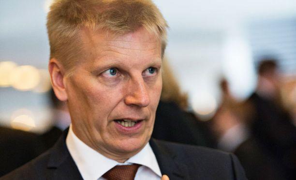 Maa- ja metsätalousministeri Kimmo Tiilikaisen mukaan Maaseutuvirasto otetaan vahvemmin ministeriön ohjaukseen.