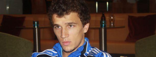 Roman Eremenko ei aliarvioi enää jalkapallokääpiöitä.