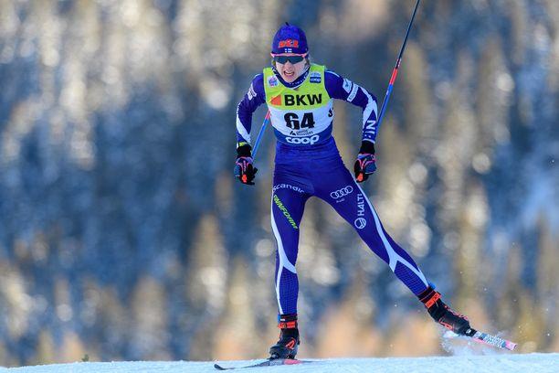 Eveliina Piippo haluaa yhdistää opiskelut ja urheilun.