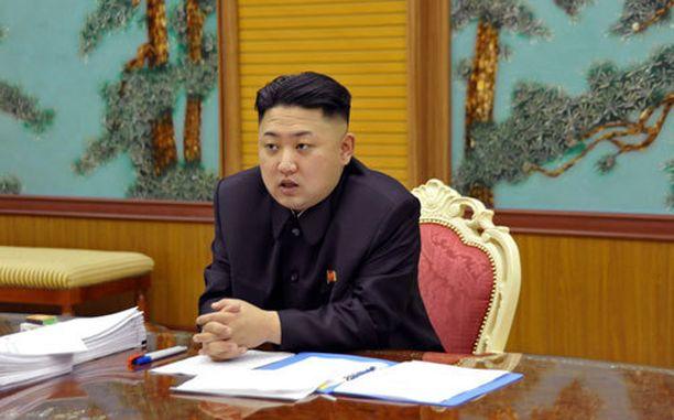 Kim Jong-Un jatkaa ydinohjelman parissa isänsä Kim Jong-Ilin jalanjäljillä.