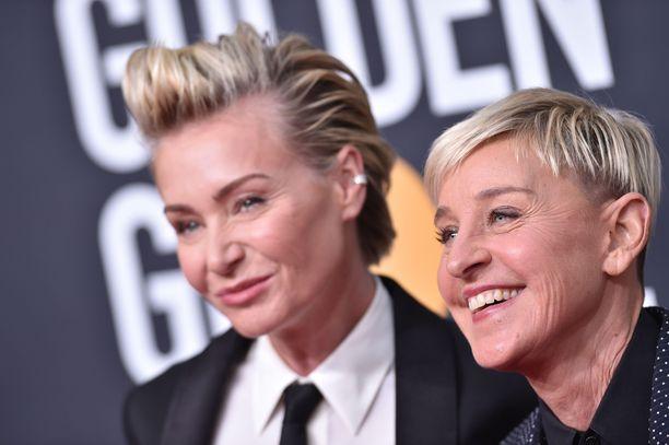 Portia de Rossi (vas.) ja and Ellen DeGeneres ovat olleet naimisissa vuodesta 2008.