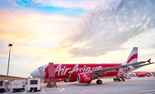 Kuala Lumpirin kentältä operoi suuri määrä halpalentoyhtiöitä, muun muassa Air Asia.