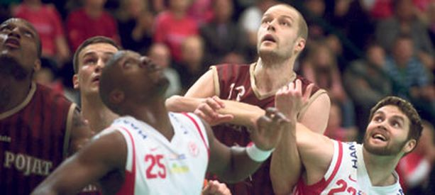 ToPo kaatui avainpelaajansa Hanno Möttölän mukana.