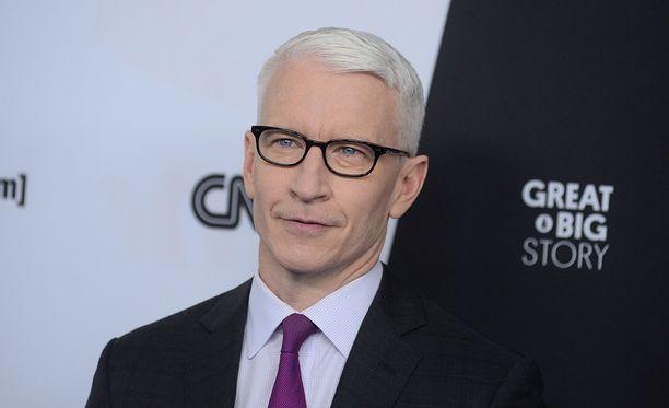 CNN:n Anderson Cooper on Yhdysvaltain arvostetuimpia ja myös parhaiten palkatuimpia toimittajia.