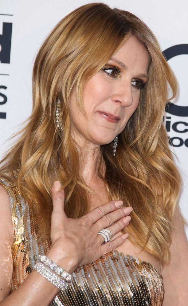 Celine Dion on päässyt yli miehensä kuolemasta.