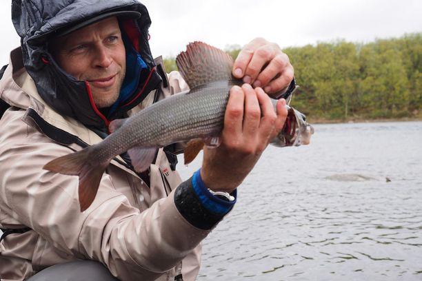 Ylä-Lapissa kalastus on tärkeä harrastusmuoto.