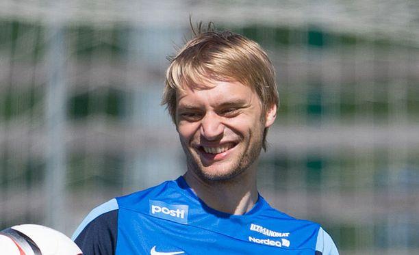 Tim Väyrynen pääsi maanantaina kohtaamaan viheriöllä lukuisia maailmantähtiä.