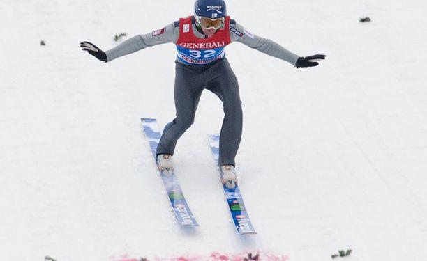 Anssi Koivuranta on pärjännyt Garmischin klassikkokisassa.