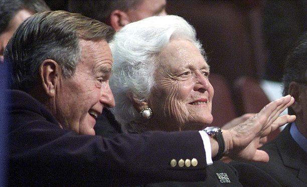 Barbara Bush järkyttyi, kun hänelle selvisi, että miljoonat amerikkalaiset eivät osaa lukea.