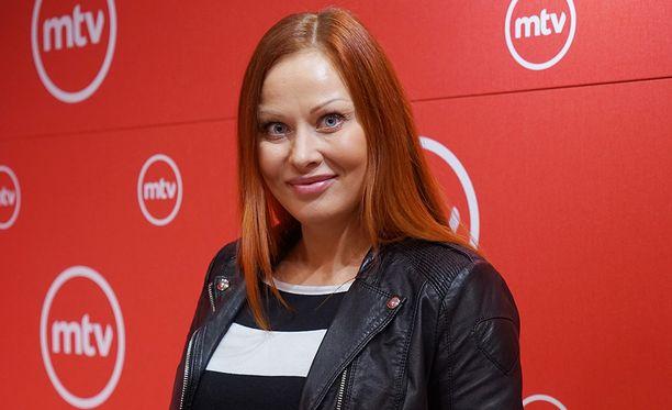 Jenni Levävaara, 40, saa esikoislapsensa heinä-elokuun vaihteessa.
