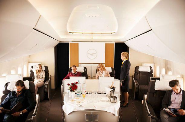 Lufthansan ykkösluokan sydämessä on baari.