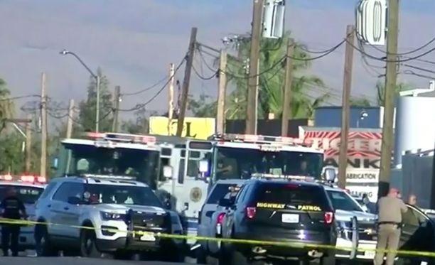 Kokonaisuudessaan ammuskelu kesti noin 15 minuuttia. Kuusi ihmistä sai surmansa.