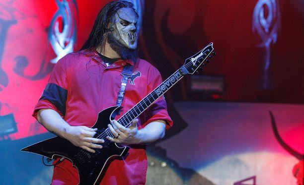 Puukotus ei vaikuta Slipknotin keikkoihin.