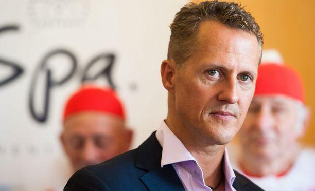 Formuloiden seitsemänkertainen maailmanmestari Michael Schumacher loukkaantui lasketteluonnettomuudessa joulukuussa 2013.