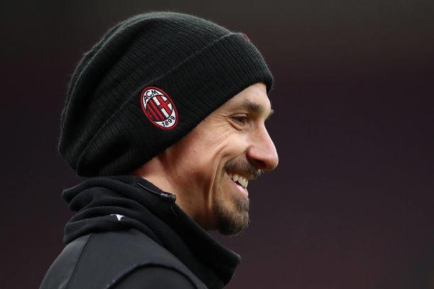 Zlatan Ibrahimovicilla oli hymy herkässä lauantaina pitkän pelitauon jälkeen.