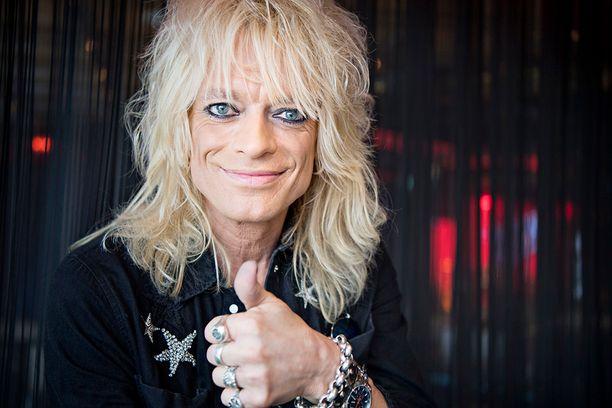 Katsojien suosikki Michael Monroe jättää The Voice of Finlandin.