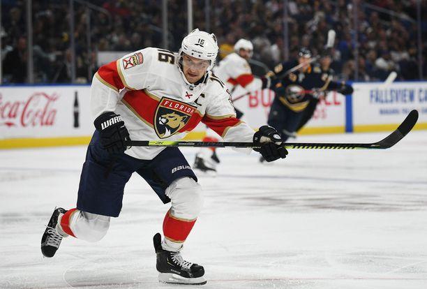 Aleksander Barkov on tällä kaudella ollut tehokkain suomalaispelaaja NHL:ssä.
