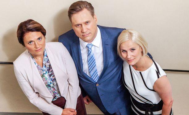 Inka Kallén on Petra Pennanen, Samuli Edelmann Henri Talvio ja Laura Malmivaara Anna Talvio.