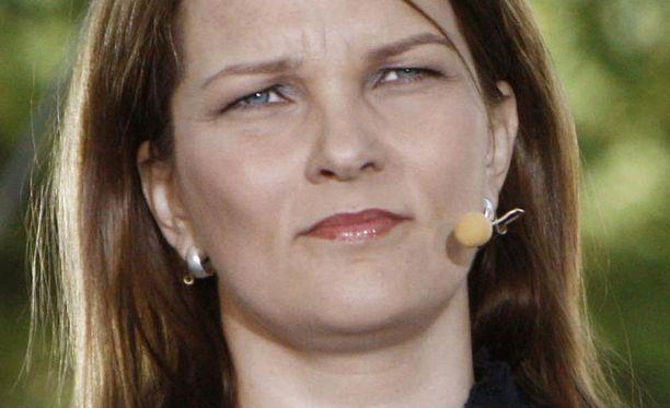 Pääministeri Mari Kiviniemi solahti puheenjohtajaksi, mutta etsii vielä pääministerin karismaa.