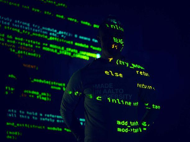 Tekniikan alan yliopistojen tavoitteena on 4000 ICT-osaajan täydennyskoulutus.
