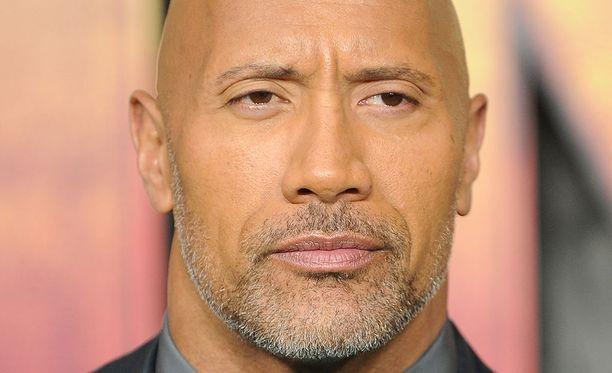 The Rock eli Dwayne Johnson tunnetaan esimerkiksi elokuvista Muumion paluu, The Game Plan ja Be Cool.