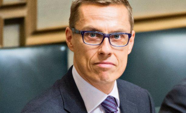 Pääministeri perustelee omaa kantaansa muun muassa pyrkimyksellä kohti syrjinnästä vapaata yhteiskuntaa ja länsimaisilla arvoilla.
