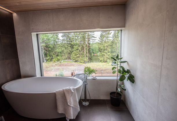 Tällainen kylpyhuone nähtiin tämän vuoden asuntomessuilla Kouvolassa.