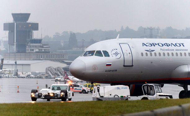 Pommiuhka kohdistui Aeroflotin Moskovan-lentoon lokakuussa Geneven lentokentällä.