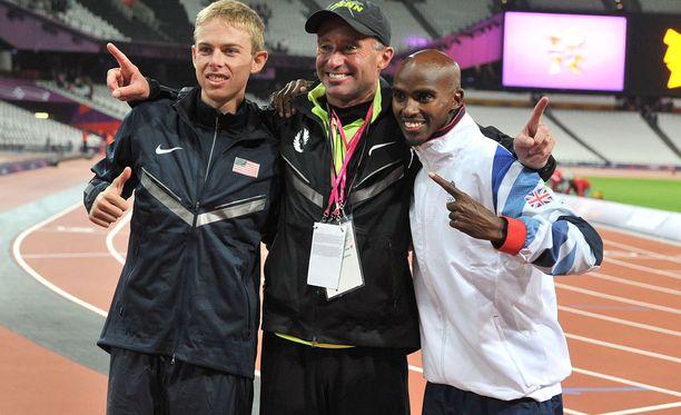 Alberto Salazar (keskellä) yhdessä Galen Ruppin ja Mo Farahin kanssa.