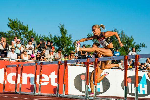 Annimari Korte juoksi Joensuussa alkuerässä ajan 13,15.