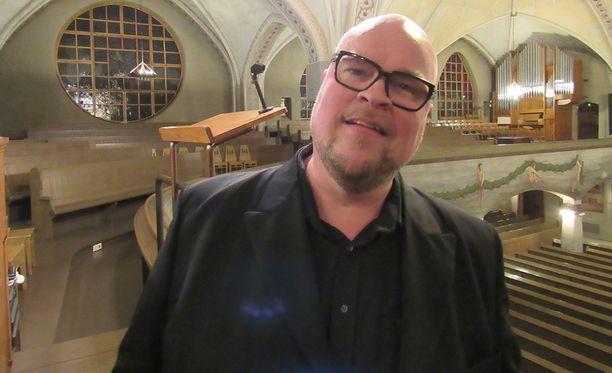 Oopperatähti Juha Uusitalo on kärsinyt hoitovirheestä.