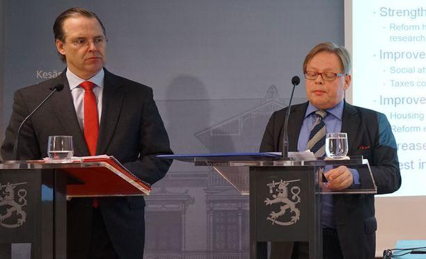 Anders Borg kiiruhti heti tilaisuuden jälkeen paluulennolle Tukholmaan, missä hän aloittaa pian sijoitusyhtiö Kinnevikin hallituksen varapuheenjohtajana.