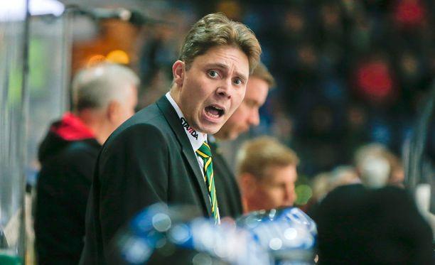 Tuomas Tuokkola on valmentanut Ilvestä 23. tammikuuta 2013 alkaen.