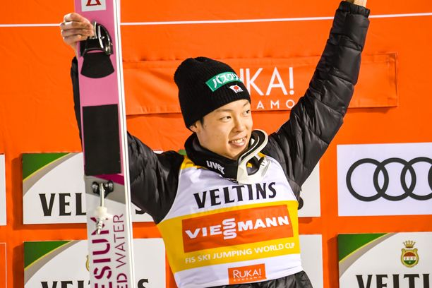 Ryoyu Kobayashi voitti Rukalla kaiken.