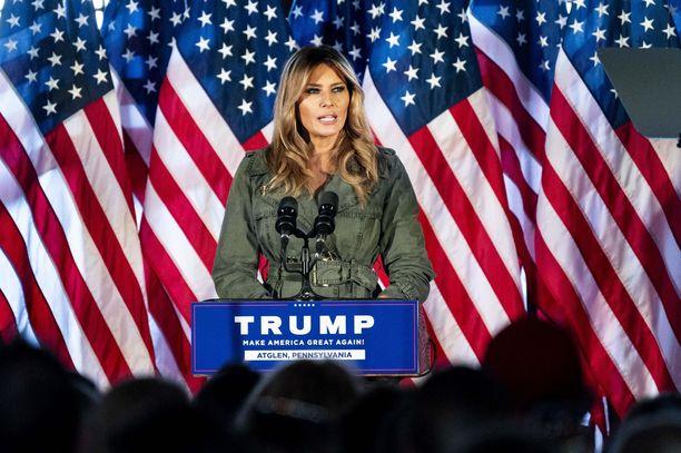 Melania Trump puhui tiistaina Pennsylvaniassa järjestetyssä kampanjantilaisuudessa.