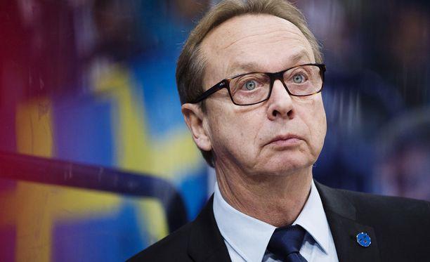 Pär Mårtsilla on ongelmia saada haluamiaan KHL-pelaajia Tre Kronoriin.