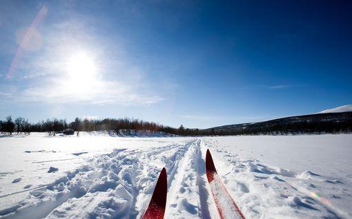 """Lumipeitteelle ei tarvitse heittää hyvästejä – """"Kyllähän tässä hiihtokelit jatkuvat"""""""