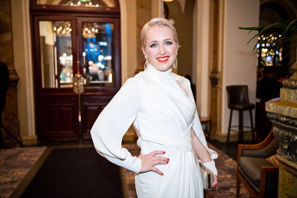 Kuvassa Anna Perho Linnan juhlien jatkoilla viime joulukuussa.