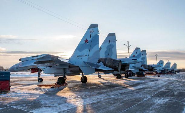 Kuukausi sitten Venäjä sijoitti uusia Su-35S-hävittäjiään Besovetsin lentotukikohtaan Petroskoissa.