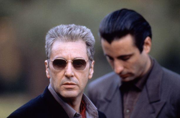 Kolmas Kummisetä-elokuva on sarjan ainoa, joka Al Pacino ei saanut Oscar-ehdokkuutta. Taustalla Andy Garcia.